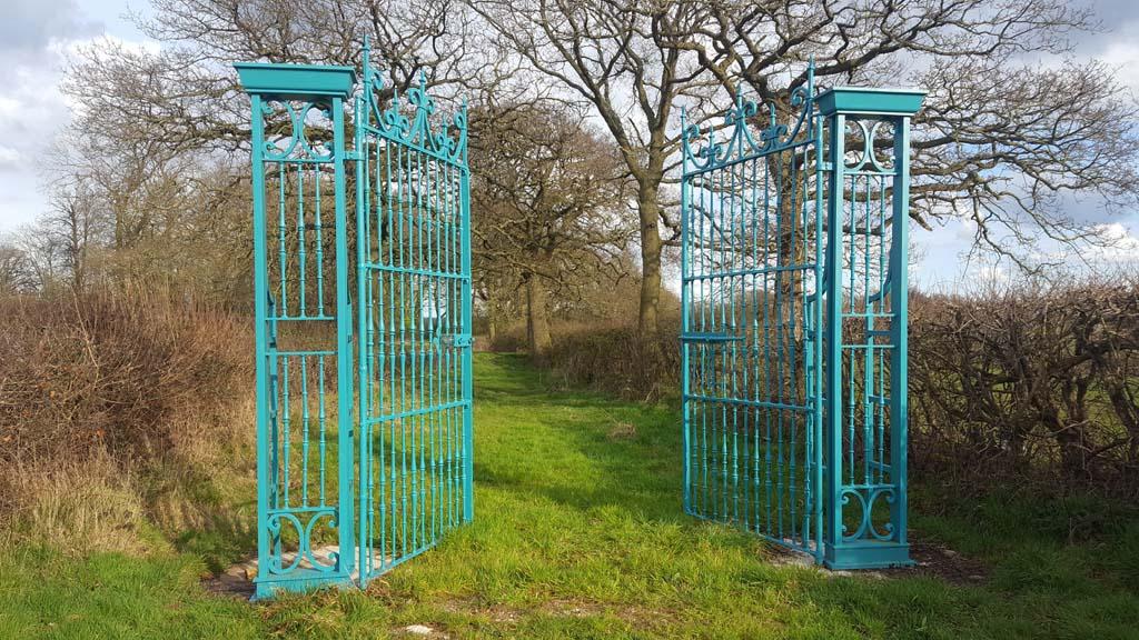 Seville Gates